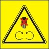 Neotvírej, neodstraňuj bezpečnostní kryt pokud je stroj v chodu